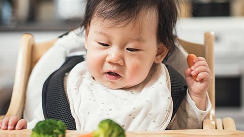 Tickling-your-baby's-tastebuds